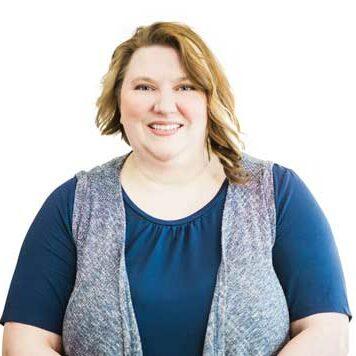 Amy-Emerson,-Front-Desk-Receptionist,-Glenora-Family-Dental
